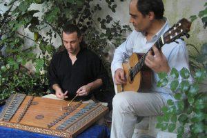 La Rêverie: Juan Manuel Rubio al santur y Esteban Canyar a la guitarra